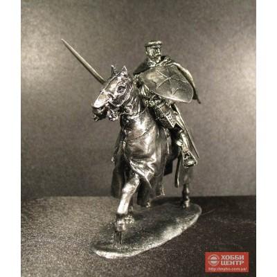 Оловянный рыцарь на коне в доспехах Рыцарство 16 век ординец, тамплиер