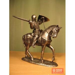 Рыцарь в доспехах, всадник на коне Ro