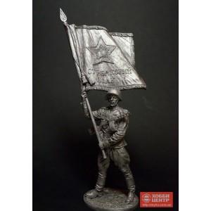 Старшина Красной Армии с полковым знаменем. 1943-45 гг. СССР WWII-45