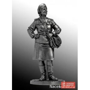 Девушка-санинструктор, сержант Красной армии. 1943-45 гг. СССР WWII-17