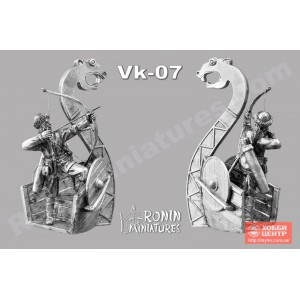 Викинг с луком на Драккаре Vk-7