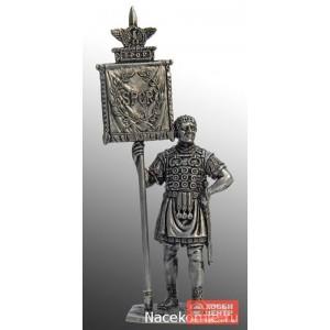 Римский знаменосец, 1-2 вв н.э. А272