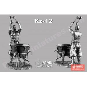 Казак с литаврами (довбуш) Kz-12