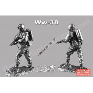 Советский огнеметчик WW-38